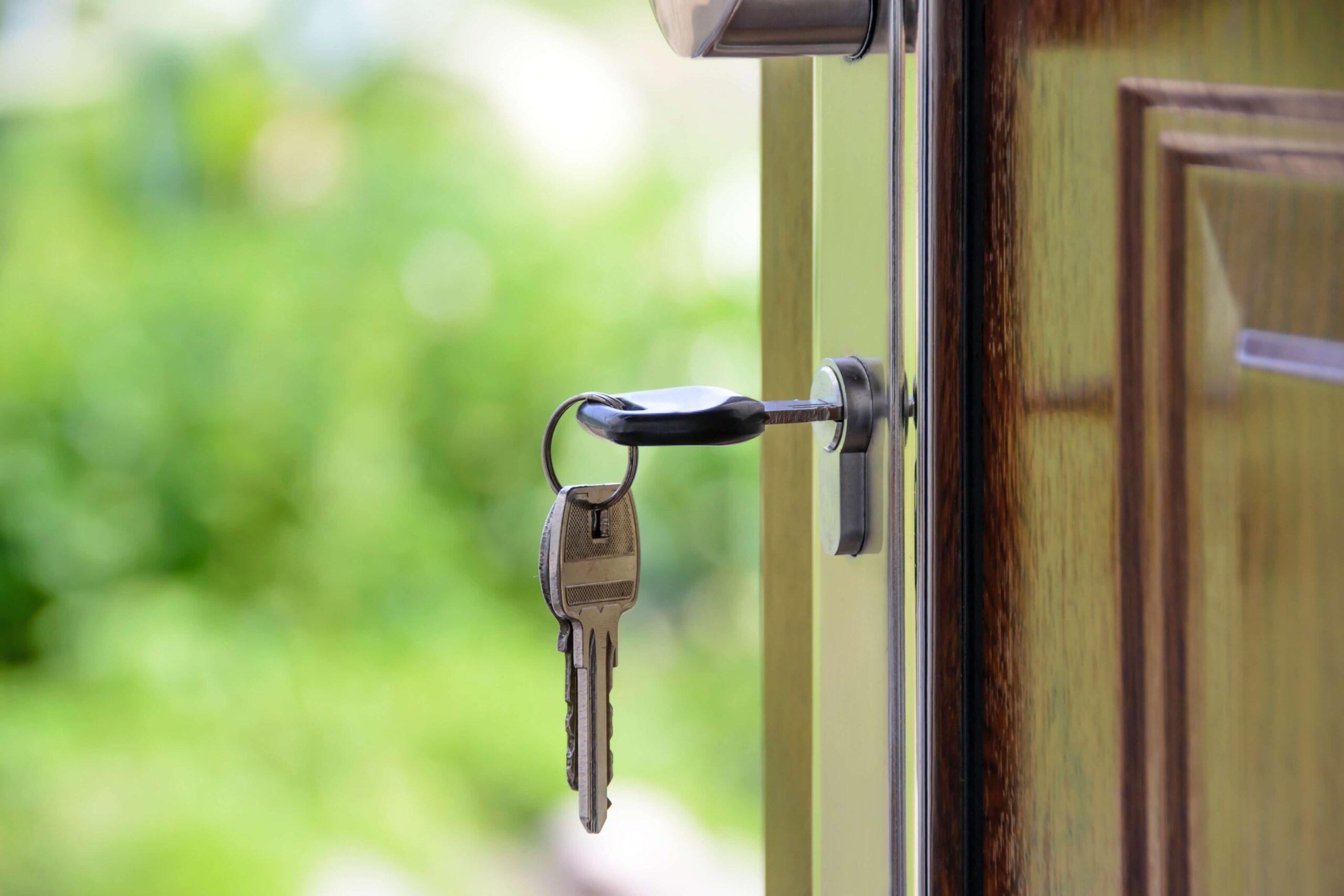 keys and door knob