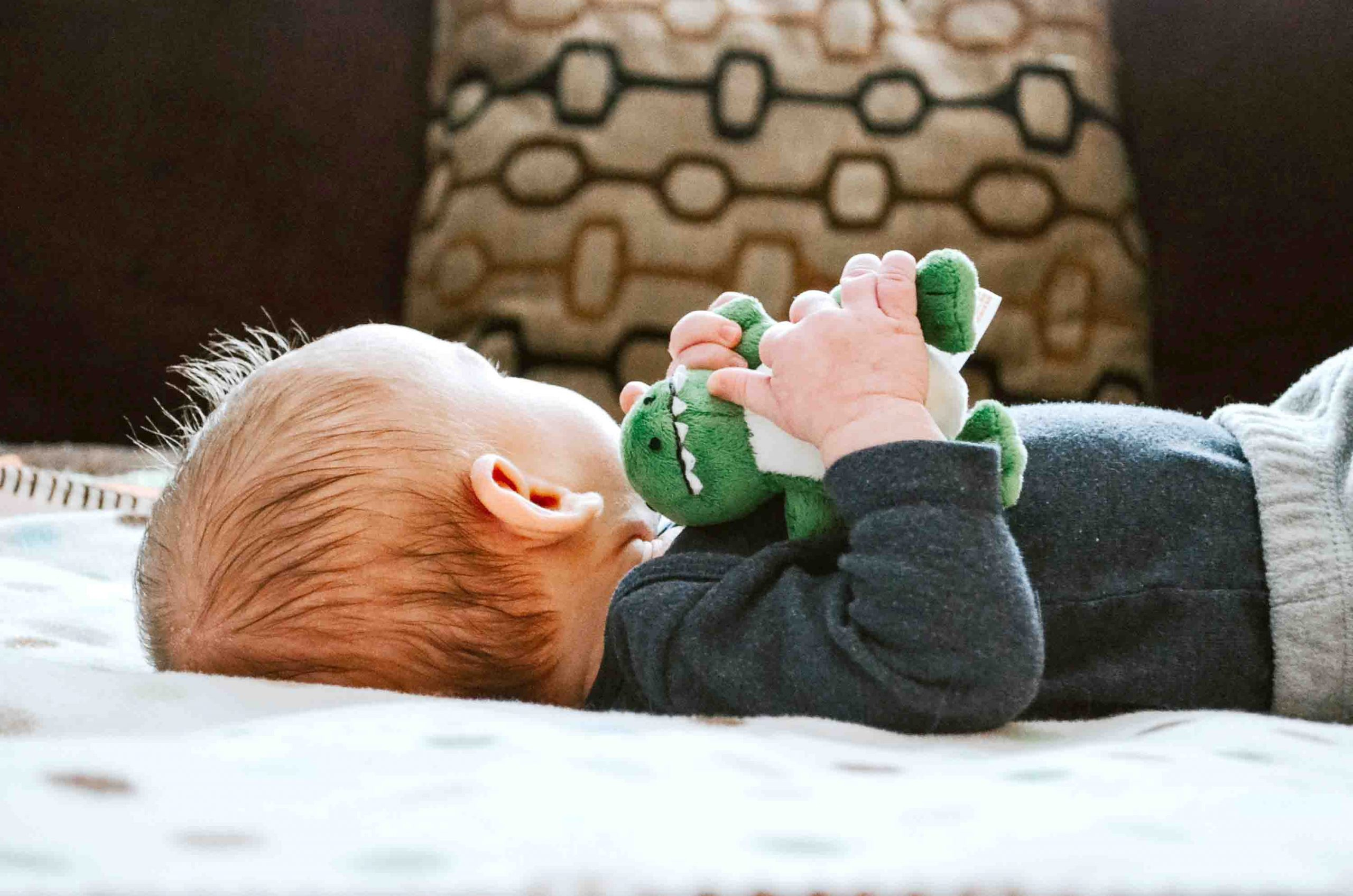 Newborn Baby Needs: What Does a Baby Need at the Very Beginning?