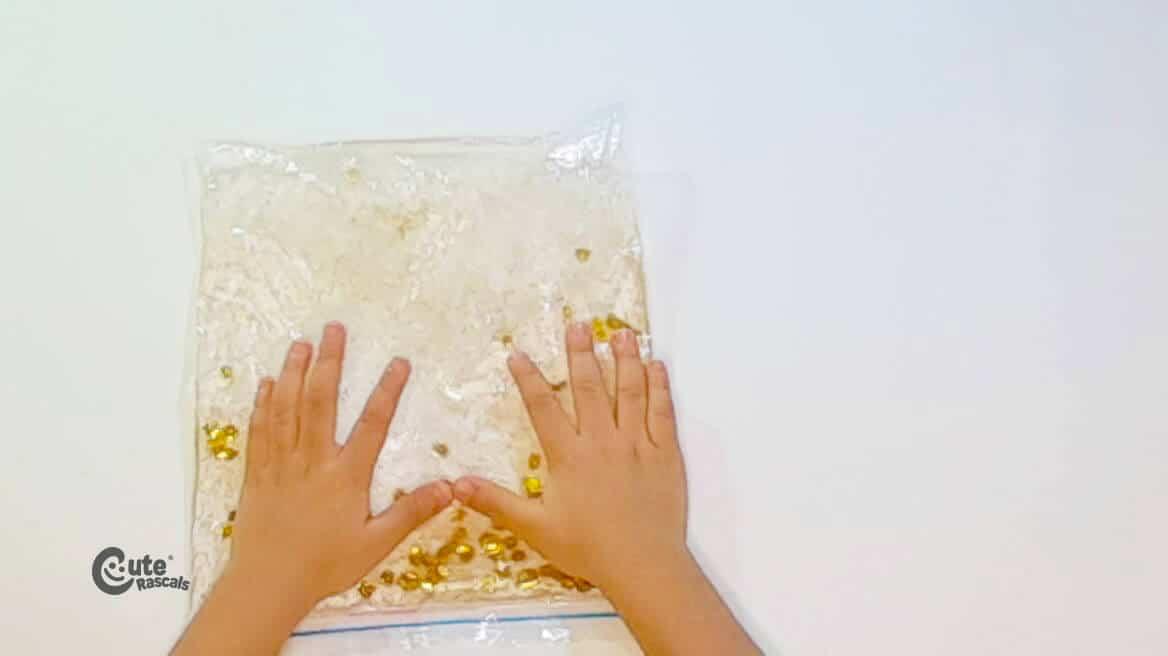 Sensory play with the sensory bag