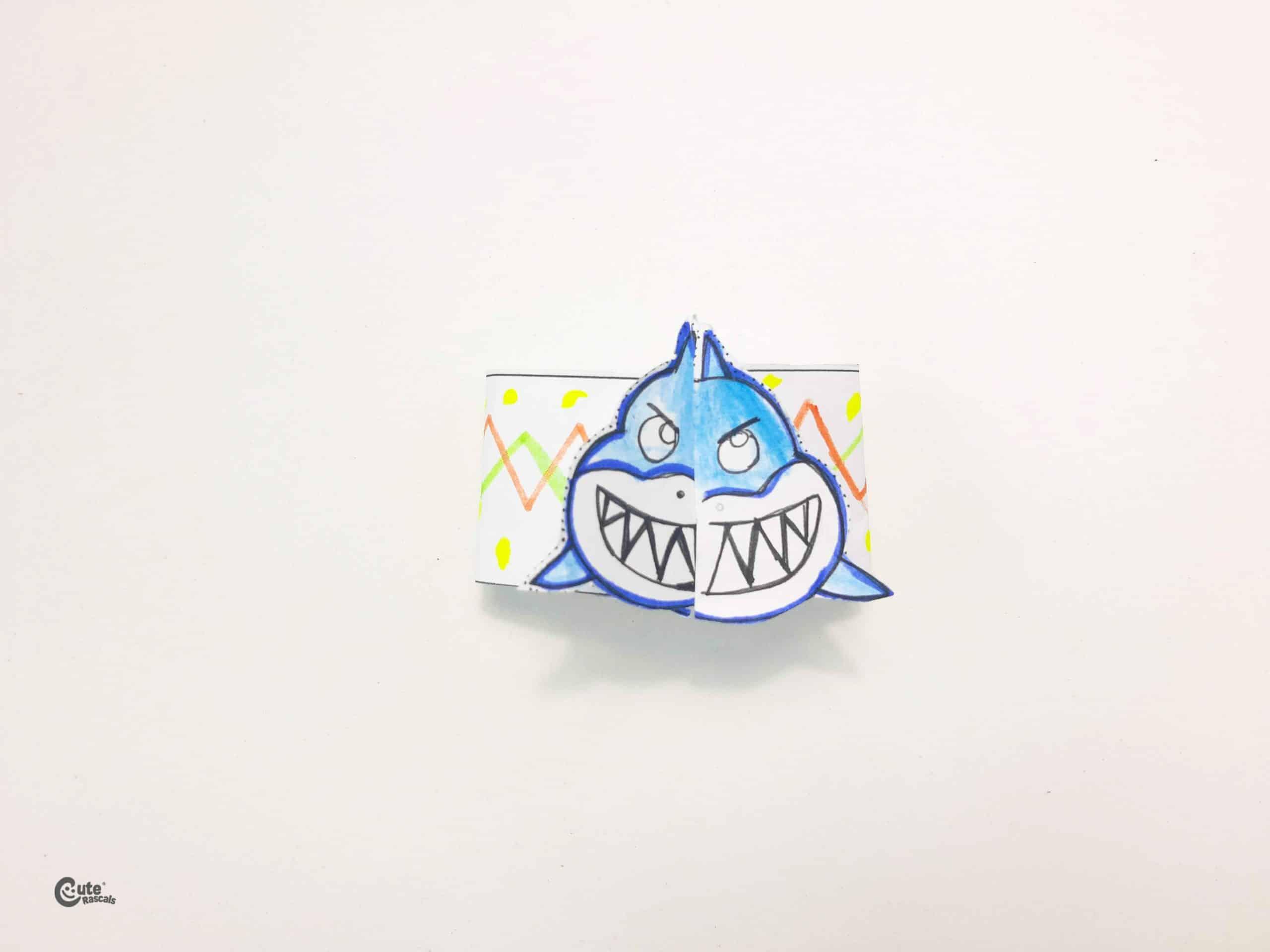 Paper shark bracelet