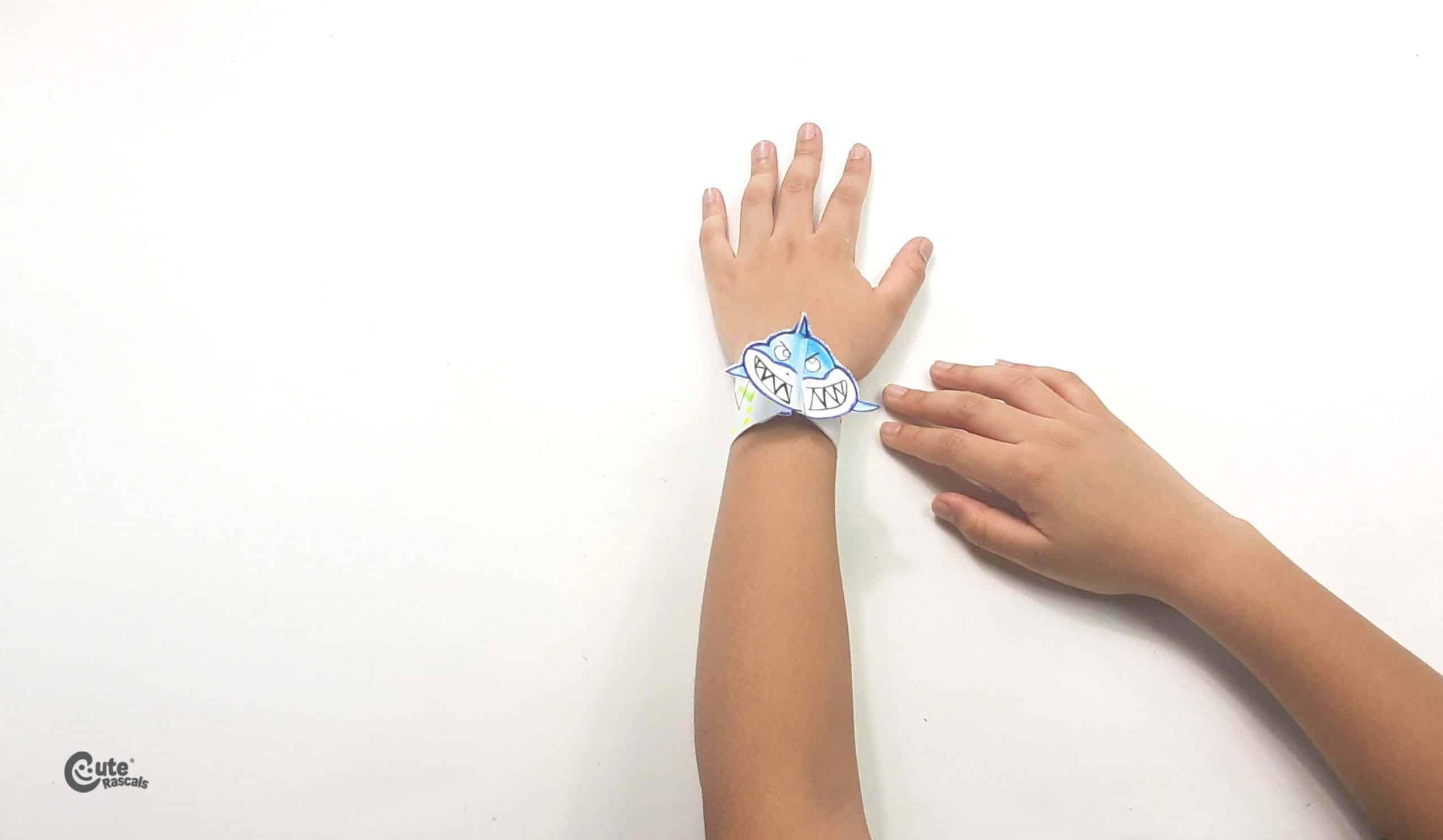 Paper shark bracelet easy craft for kids activity