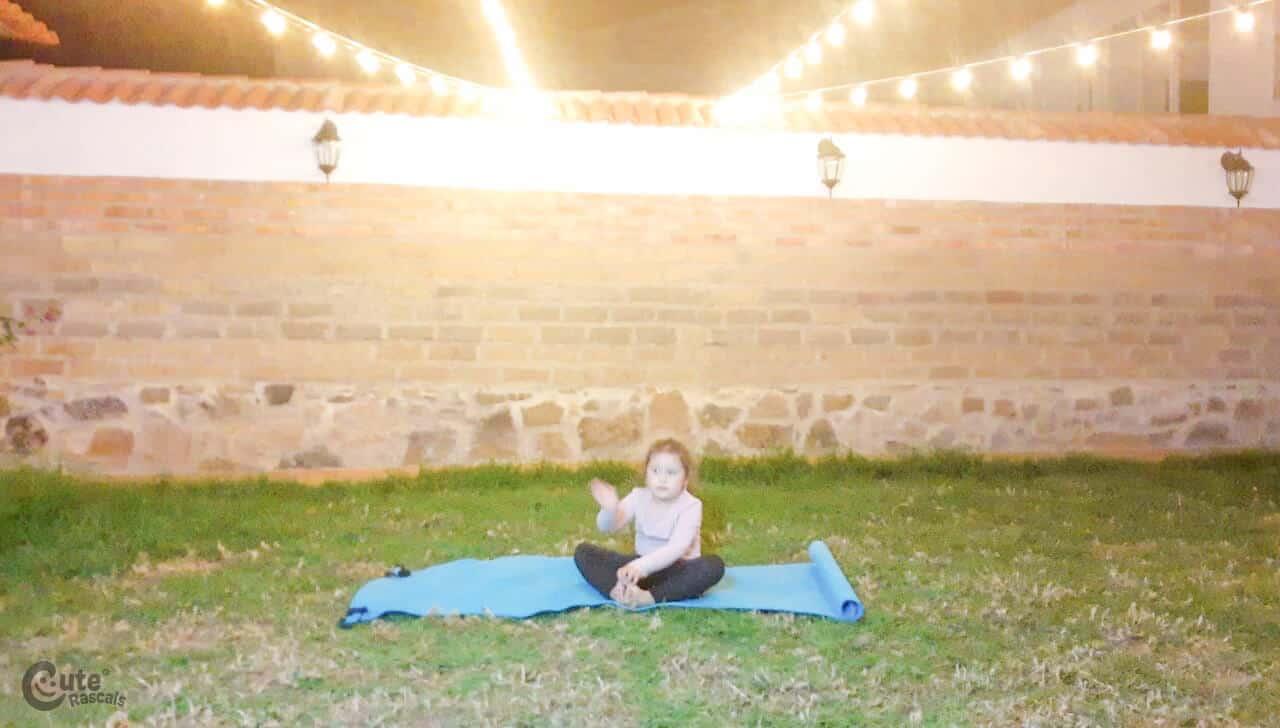 Yoga postures gross motor skills activity. Fun gross motor activities for preschoolers.