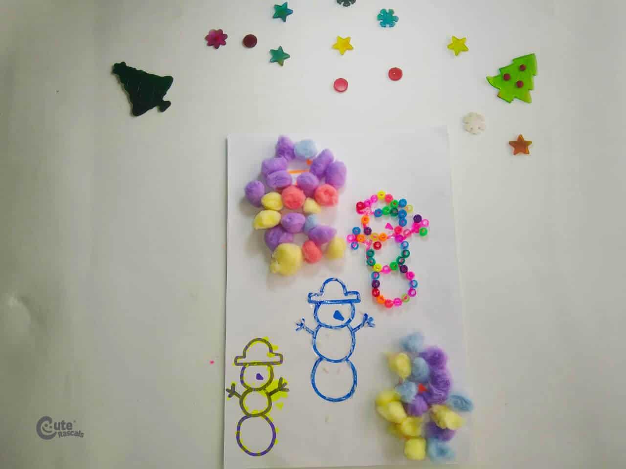 Decorated Snowmen using different materials. Fun snowman craft preschool